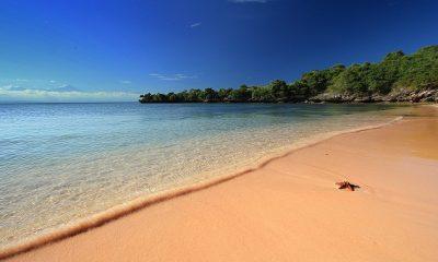 Pink-Summer-Beach-Lombok